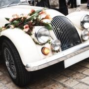 Jak wybrać samochód na wesele?